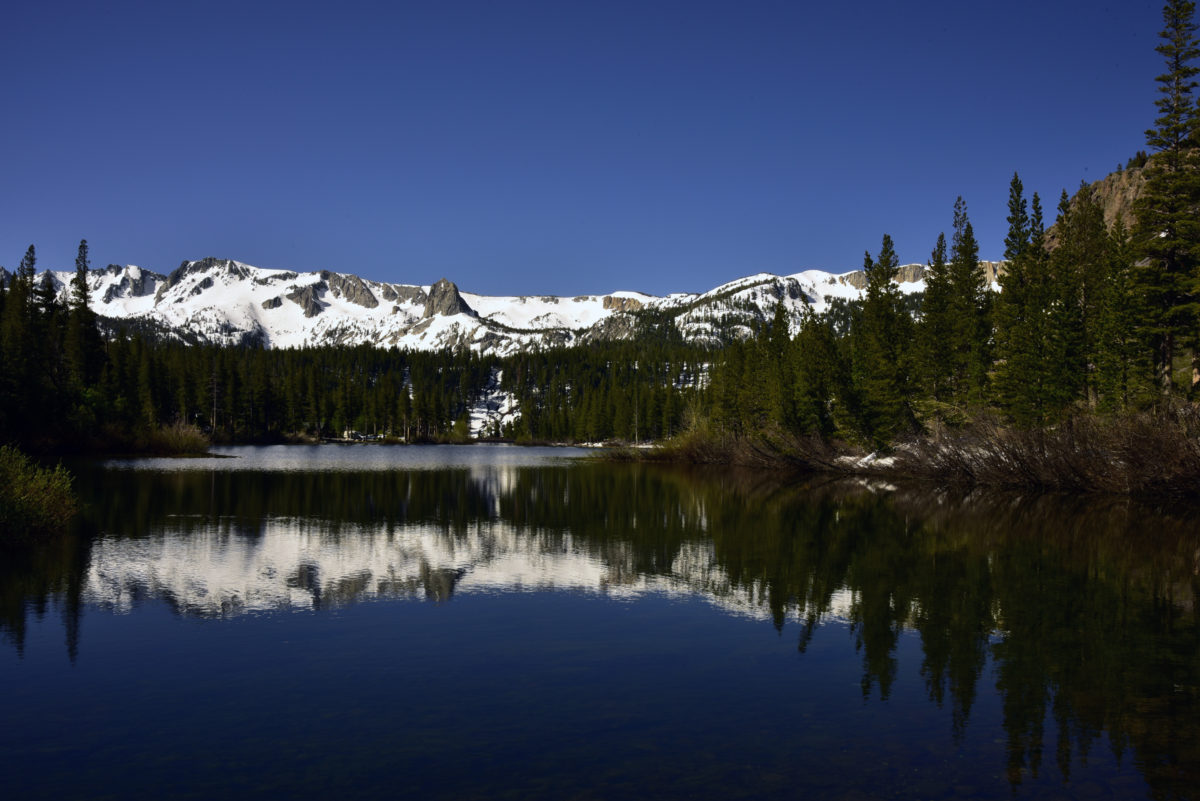 Snow-covered peaks reflected in Lower Twin Lake  -  Mammoth Lakes Area  -  Inyo National Forest, California